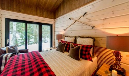 cabin gliding doors interior